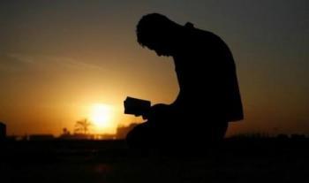 12 Golongan Orang yang Didoakan Malaikat: