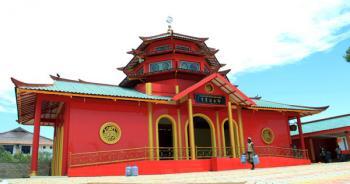 Dua Resmikan Masjid Muhammad Cheng Hoo