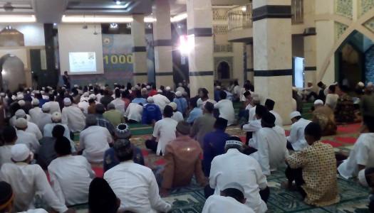 Ribuan Jamaah Padati Masjid Al-Mujahidin, Tangsel