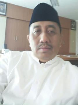 Sumber: www.maduranewsmedia.com / Rektor UTM,  Dr. Drs. Ec. H. Muhammad Syarif, Msi
