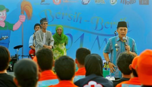 PD DMI Makassar Prakarsai Gerakan Bersih-Bersih 1.001 Masjid