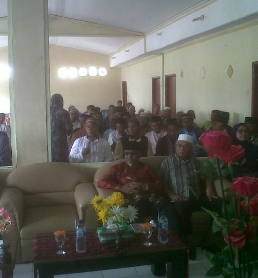 Sumber: Ustadz Drs. H. Ahmad Yani / Kegiatan Dakwah di Maumere, Sikka, NTT.