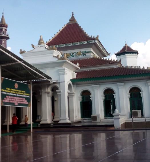 Sumber: www.dmi.or.id / Masjid Agung Palembang Darussalam, saksi bisu perjuangan ummat Islam di era pra kemerdekaan di Palembang