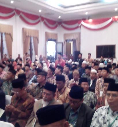 Sumber: www.dmi.or.id / Pembukaan Munas IX MUI