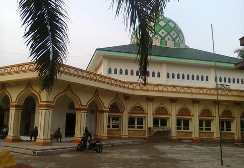 Sumber: www.skyscrapercity.com / Masjid Raya Ujung Gading,Nagari Ujung Gading, Kabupaten pasaman Barat