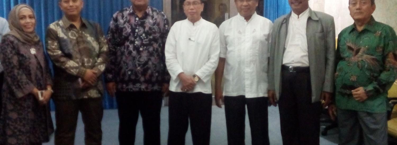 Sumber: www.dmi.or.id / Pimpinan Pusat (PP) Dewan MAsjid Indonesia (DMI) di Masjid Istiqlal, Jakarta, Selasa (8/9)