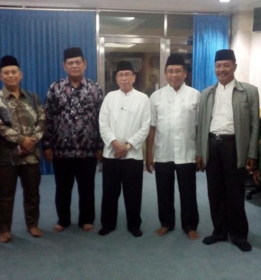 Sumber: www.dmi.or.id / Pimpinan Pusat (PP) Dewan Masjid Indnesia (DMI)