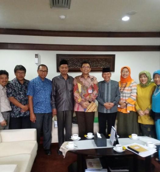 Sumber: www.dmi.or.id / Pertemuan PP DMI dengan Dirjen Paud dan Dikmas Kemendikbud, Selasa (8/3) siang, di Jakarta.