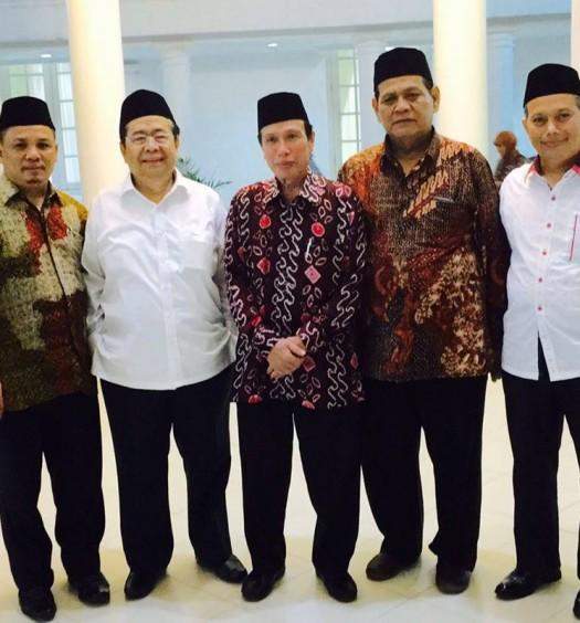 Sumber: www.dmi.or.id / H. Hery Sucipto, Lc., M.M.  Buka Puasa Bersama Wapres Jusuf Kalla dengan jajaran pengurus PP DMI