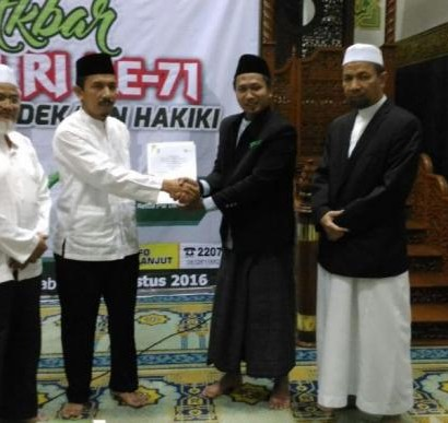 Sumber: http://riauone.com/  Penandatanganan MoU antara PW DMI Riau dengan Dompet Dhuafa Riau, pada Selasa, Pukul 20.00 WIB, di Masjid Raya An-Nuur, Pekanvaru, Riau.