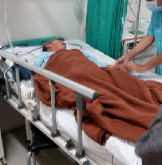 Foto ketika Bapak Wariyadi dirawat di RSUD Cibinong. Sumber: www. dmi.or.id/ Rosemini