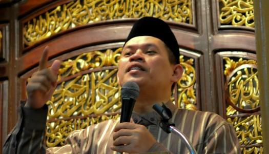 Khutbah Idul Fitri 1438 H: Kunci Kemuliaan Umat Islam