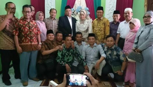 Alhamdulillah, Selamat Atas Pernikahan Bapak Aziz Muslim-Ibu Suryati