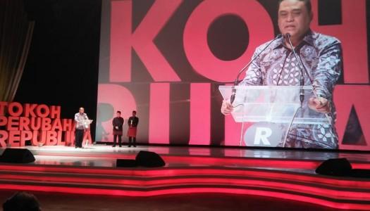 Waketum DMI Terima Anugerah Tokoh Perubahan Republika 2017