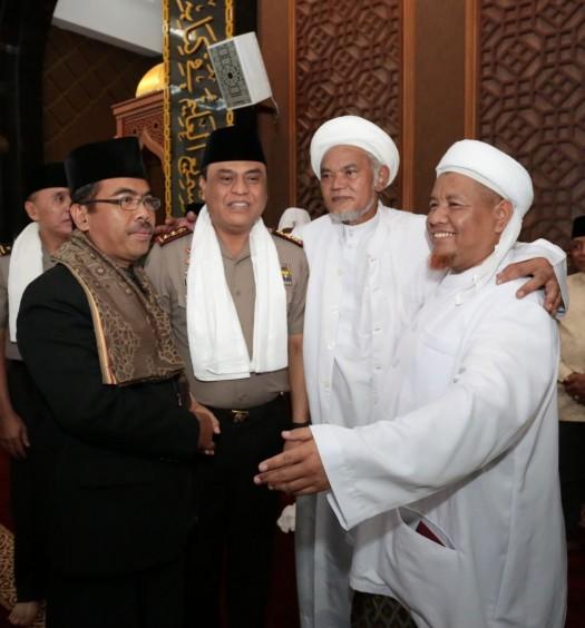 Bapak Komjen Drs. H Syafruddin, M.Si bersama ulama dan tokoh perkuat silaturahim dan harmoni