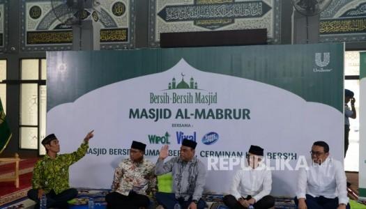 Canangkan Program Bersih-Bersih Masjid, DMI Semarakkan Semangat Gotong-Royong