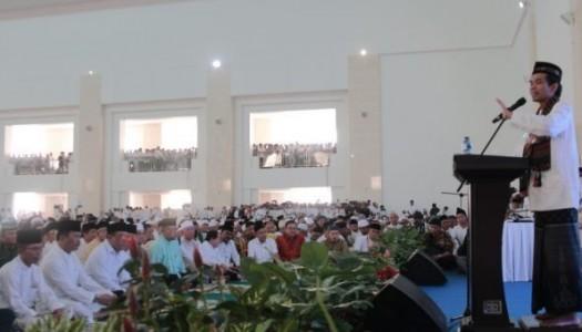 Video: UAS Berikan Taushiyah Di Masjid Sultan Mahmud Riayat Syah