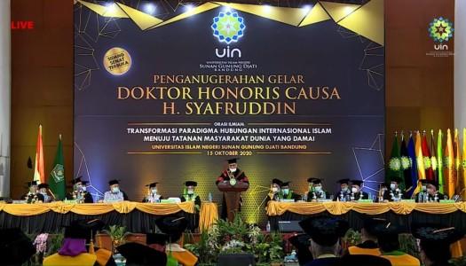 Terima Gelar Doktor Kehormatan, Waketum DMI Menyampaikan Orasi Ilmiah